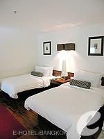 バンコク シーロム・サトーン周辺のホテル : トリプル トゥー シーロム(Triple Two Silom)のデラックス (ツイン/ダブル)ルームの設備 Bedroom