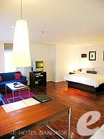 バンコク シーロム・サトーン周辺のホテル : トリプル トゥー シーロム(Triple Two Silom)のジュニア スイートルームの設備 Room View