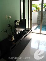 プーケット 20,000円以上のホテル : ツインパームス プーケット(Twinpalms Phuket)のデプレックス プール スイート 2ベッドルーム(レジデンス)ルームの設備 TV