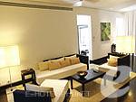 プーケット 20,000円以上のホテル : ツインパームス プーケット(Twinpalms Phuket)のラグーン プール スイート 2ベッドルームルームの設備 Living Room