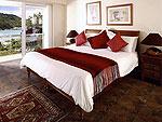 プーケット ファミリー&グループのホテル : ヴィラ アマンジ(Villa Amanzi)の6ベッドルームルームの設備 Sixth Room
