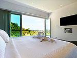 プーケット ファミリー&グループのホテル : ヴィラ ビヨンド(Villa Beyond)の3ベッドルームルームの設備 Second Room