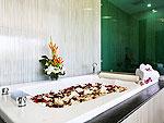 プーケット ファミリー&グループのホテル : ヴィラ ビヨンド(Villa Beyond)の5ベッドルームルームの設備 Bathroom