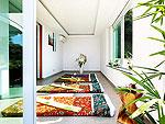 プーケット ファミリー&グループのホテル : ヴィラ ビヨンド(Villa Beyond)の5ベッドルームルームの設備 Massage Room