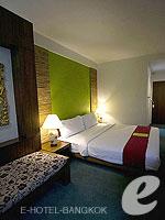Bedroom : Junior Queen (แกรนด์พาเลซ-ถนนข้าวสาร) โรงแรมในกรุงเทพฯ, ประเทศไทย
