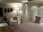 プーケット ファミリー&グループのホテル : ヴィラ チャン グラジャング(Villa Chan Grajang)の1ベッドルームルームの設備 Second Room