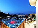 プーケット バンタオビーチのホテル : ヴィラ ナマステ(Villa Namaste)の4ベッドルームです。ルームの設備 Outdoor Buthtub