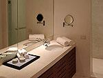 プーケット ファミリー&グループのホテル : ヴィラ サマキー(Villa Samakee)の5ベッドルームルームの設備 Bathroom