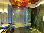 プーケット その他・離島のホテル : ヴィラ ワング ナム ジャイ(Villa Wang Nam Jai)の3ベッドルームルームの設備 Bathroom