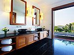 プーケット スリンビーチのホテル : ヴィラ ヤング ソム(Villa Yang Som)の4ベッドルームルームの設備 Bathroom