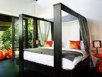 プーケット ファミリー&グループのホテル : ヴィラ ヤング(Villa Yang)の1ベッドルームルームの設備 Master Bedroom