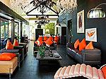 プーケット ファミリー&グループのホテル : ヴィラ ヤング(Villa Yang)の2ベッドルームルームの設備 Living Room