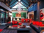 プーケット ファミリー&グループのホテル : ヴィラ イン(Villa Yin)の3ベッドルームルームの設備 Living Room
