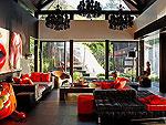 プーケット ファミリー&グループのホテル : ヴィラ イン(Villa Yin)の4ベッドルームルームの設備 Living Room
