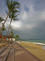 Beach : Weekender Resort, Lamai Beach, Phuket