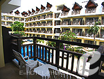 プーケット ファミリー&グループのホテル : ワラブリ プーケットリゾート&スパ(Woraburi Phuket Resort & Spa)のスーペリアルームの設備 Balcony