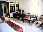 プーケット ファミリー&グループのホテル : ワラブリ プーケットリゾート&スパ(Woraburi Phuket Resort & Spa)のスーペリア プールビュールームの設備 Bedroom