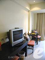 プーケット ファミリー&グループのホテル : ワラブリ プーケットリゾート&スパ(Woraburi Phuket Resort & Spa)のカバナ プールアクセスルームの設備 Room View