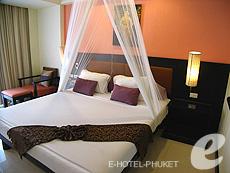 プーケット ファミリー&グループのホテル : ワラブリ プーケットリゾート&スパ(1)のお部屋「カバナ プールアクセス」